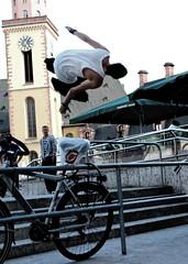 Jump (Erik Moberg) Tags: hopp fotosondag fs120513