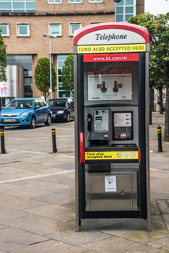 Belfast - In This Telephone Kiosk You Can Use Euros