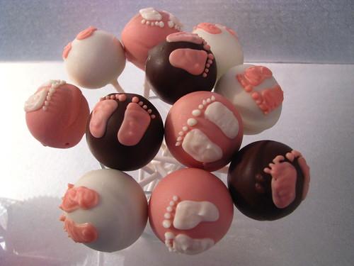 Little baby feet baby shower cake pops