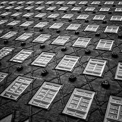 P4020416 (Florian Rathcke) Tags: blackandwhite monochrome pen hamburg streetphotography olympus ep2 mft rathcke