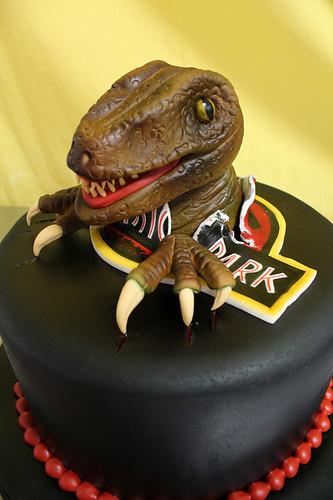 Jurassic Velociraptor cake