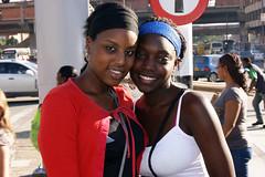 Mi gente bella (il Castigliano) Tags: colombia gente afro personas sonrisa mujeres medellin blancos antioquia dientes afrocolombiano afrocolombiana