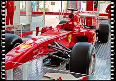 Ferrari F-150 (Victorddt) Tags: chile ferrari sonycybershot antofagasta iiregión mallplazaantofagasta dsch55 ferrarif150 esscuderíaferrari
