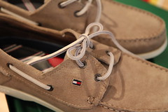 Ready for Rome (Been Around) Tags: fashion shopping shoe austria sterreich shoes tommy mode brand sr obersterreich hilfiger tommyhilfiger steyr o upperaustria pairofshoes engegasse krmayr readyforrome krmayrsteyr