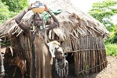 DSC_7855 (Peter Schnurman) Tags: mursiwomanbaby andpuppyomovalleyethiopiaeastafrica