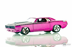 '70 Plymouth AAR Cuda (fishutter) Tags: stilllife glass toy nikon hotwheels malaysia reflective product tabletop cls hikey octabox sb900 d7000