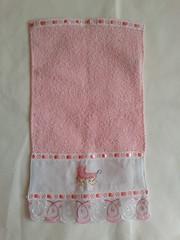 Toalha de Boca Bordada - Carrinho Rosa G003 (SaluArts) Tags: de infantil beb toalha nuvem boca pintura paninho fralda fraldinha enxoval