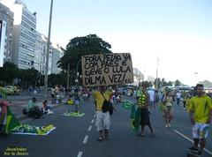 Recado (Janos Graber) Tags: riodejaneiro pessoas copacabana cartaz recado