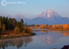 Grand Teton National Park-WY-Oxbend Pullout at dawn bw (moelynphotos) Tags: trees fall colors river snake grand mountmoran tetons grandtetonnationalpark oxbowbend moelynphotos reflectionsl