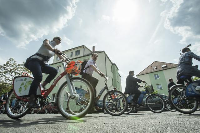 Participants at the bike tour