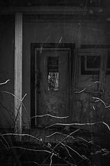 La Maison Du Ranch (yannick_gagnon) Tags: old urban bw house canada detail abandoned monochrome photoshop lost pentax quebec decay oldhouse qubec maison hdr urbain urbex abandonn rurex 123hdr hdrquebec hdrqubec hdroom pentaxk50