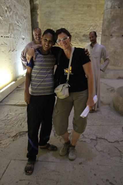 Un re-encuentro esperado: MOHAMED y Chris en el templo de Sethi 1º en Abidos