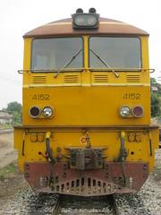 SRT 4152 (Barang Shkoot) Tags: thailand railway thai locomotive alstom siam aar narrowgauge coupler srt rsr 4152 alsthom rotfai metregauge