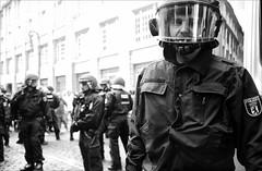 stop rising rents.... (andrealinss) Tags: blackandwhite bw berlin kreuzberg germany demo protest demonstration schwarzweiss proteste so36 kotti widerstand photojournailsm mieterhöhung gentrifizierung lumixgf1 andrealinss