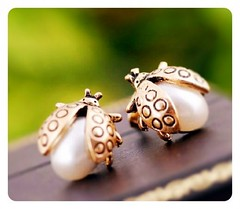 Golden Pearl Ladybug Cutest Bug Stud Earrings (cpurr) Tags: ladybug ladybugs goldjewelry pearlearrings ladybugearrings pearljewelry prettyearrings bugearrings trendyearrings sweetearrings awesomeearrings goldstudearrings goldladybug pearljewelery ladybugjewelry ladybugjewelery pearljewellry goldladybugearrings ladybugjewellry cutebugearrings goldladybugs ladybugstudearrings goldcolorjewelry pearlladybugearrings
