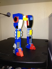 Just some mecha legs.... (Alex Kelley) Tags: actionfigure robot system robots mecha mech constraction toydesign
