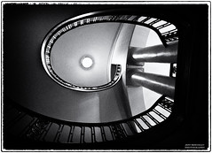 Curves (Jeff_B.) Tags: bw chicago abstract classic film stairs vintage noir curves stairway staircase filmnoir palmerhouse