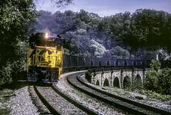 CS 3040 CBCC 05-01-85  Relay, Md (Vince Hammel Jr) Tags: railroad trains scanned