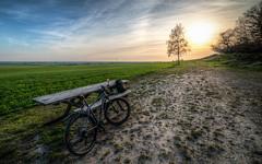 Taking a break (f_bertilsson) Tags: sunset lund sol bike skne mountainbike mtb scania cykel solnedgng billebjer