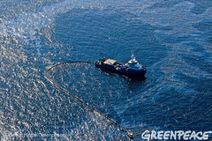 Ship Oil Work (Greenpeace USA 2016) Tags: ocean usa gulfofmexico louisiana ship gulf shell greenpeace aerial oil drilling skimming fossilfuel breakfree cleanenergy portfourchon