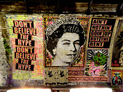 Don't believe the hype (Draopsnai) Tags: streetart graffiti mural queen lambeth leakestreet