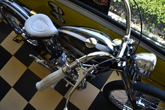 MoonEyes shop (ATOMIC Hot Links) Tags: california moon yahoo google flickr bc piston chrome hotrod moonbeam santafesprings dragracing hotrods blown kustom crankshaft camshaft mooneyes speedshop deanmoon mooneyesusainc moonequiped hotrodnostalgia atomichotlinks moontanks moonvalvecovers racecams moonequipmentcompany dragracingpioneer