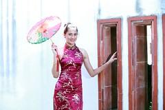 DP1U7229 (c0466art) Tags: light portrait building girl face canon pose fan costume eyes pretty slim action outdoor gorgeous chinese ale style cruz salvador tall charming elegant ols   1dx c0466art