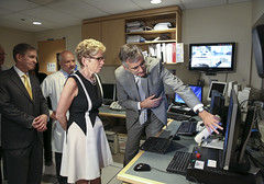 IMG_4771  Premier Kathleen Wynne visited Toronto Western Hospital today to showcase an Ontario-Israel partnership that is bringing new technology to the province to treat neurological disorders. (Ontario Liberal Caucus) Tags: hospital technology healthcare mri torontowesternhospital israelmission