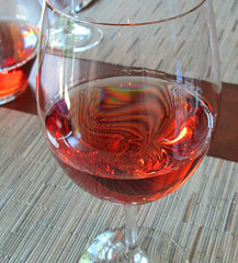 Wine Rainbow: Glass of Ros (I'm cindylouwho2) Tags: vacation restaurant rainbow okanagan sunny wineglass ros cabernetfranc bcwine hestercreek