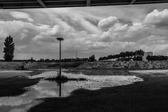 Under the bridge (Robsan2000) Tags: utrecht holland niederlande nederland kanaleneiland