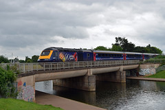 Congratulations Ma'am! (philwakely) Tags: fgw gwr firstgreatwestern greatwesternrailway greatwestern hst highspeedtrain ic125 intercity125 intercity class43 class253 mayflower exeter exeterstdavids diesel dieselmultipleunit dmu trains train railway railways rail locomotive 90gloriousyears