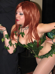 Poison Ivy (FranMoff) Tags: costume cosplay comiccon poisonivy 2012 costumer bostoncomiccon bostoncomiccon2012 nicolemariejean