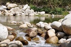 Agua y rocas (vcastelo) Tags: espaa spain agua valle vera cceres rocas extremadura garganta jarandilla jaranda