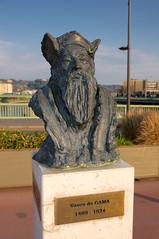 Vasco de Gama (zigazou76) Tags: sculpture art statue bronze rouen pont vasco jeanmarc buste gama sculpteur explorateur depas boieldieu