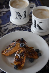 sunday breakfast (Pepa Amenabar) Tags: home breakfast sunday frenchtoast honey anthropologie latte decor blueberries