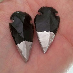 silver dipped obsidian arrows (MerCurios) Tags: fashion handmade workinprogress jewelry indie arrow etsy arrowhead obsidian mercurios silverdipped mercuriosjewelry