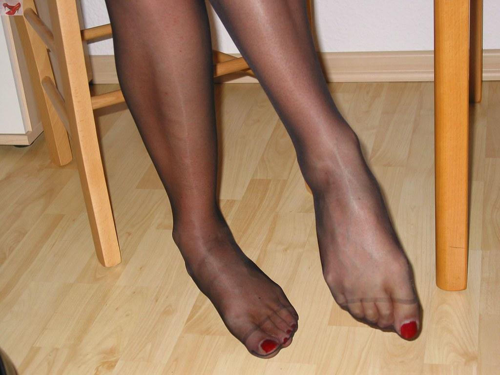 Crossdresser Cock Stockings And Pantyhose Feet