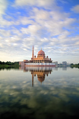 Awan Nano (mozakim) Tags: morning blue sky cloud lake reflection water landscape day bright mosque calm putrajaya zaki putra nd400 mozakim