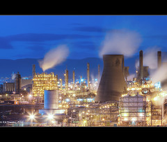 Grangemouth Oil Refinery (Kit Downey) Tags: blue light tower industry night canon lens eos rebel scotland kiss long exposure diesel dusk smoke gas pollution hour oil l series kit petrol usm emissions heavy refinery petro x4 chemical grangemouth falkirk cooling stirlingshire co2 downey f28l 550d ef2470mm t2i