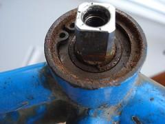 Gary Fisher Mt. Tam BB Shell (jimn) Tags: bottombracket garyfisher mttam weird dirty