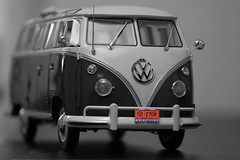 SinBulli (Da nie LE) Tags: macro bus closeup radio canon volkswagen model samba bokeh sigma split f28 t1 bulli sunstar 105mm canoneos500d