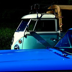 garage moto caf -explore- (archifra -francesco de vincenzi-) Tags: archifraisernia francescodevincenzi isernia molise italia italy vwt1 volkswagen garagemotocaf odsmobileeightyeight1958 oldcar garage strre fo garagestreetfood usacars volksvagenbulli