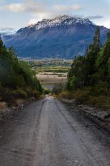 El Parque de Atrs (Muriel Palavecino) Tags: road trees mountain mountains town casa camino hometown happiness valle valley felicidad montaa montaas fores