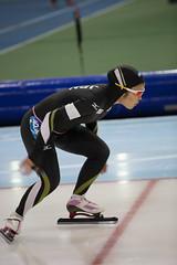 A37W0030 (rieshug 1) Tags: ladies sport skating worldcup groningen isu dames schaatsen speedskating kardinge 1000m eisschnelllauf juniorworldcup knsb sportcentrumkardinge worldcupjunioren kardingeicestadium sportstadiumkardinge