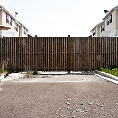 Privacy (Brandon Heyer) Tags: architecture private square landscape photography construction nikon suburbia 1935mm suburbs tamron privacy fency d300s