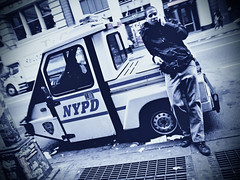 nypd (fotobananas) Tags: street city nyc usa newyork cops manhattan soho broadway streetphotography saturday police nypd crime policecar polizei lawandorder cliche hcs s95 fotobananas