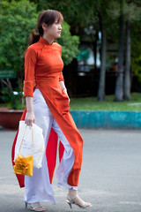 WK-162 (panerai87) Tags: park morning candid bank vietnam saigon aodai
