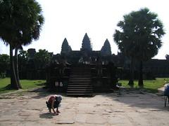 Angkor Wat (oldandsolo) Tags: cambodia buddhism angkorwat tourist worldheritagesite siemreap buddhisttemple angkorarchaeologicalpark khmerkingdom touristphotographers theruinsofangkor buddhistfaith angkortempleruins worldslargesthindutemple