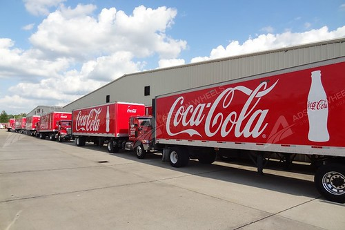 vehicle-wraps-graphics-vinyl-fleet-large-tractor-trailer-coca-cola