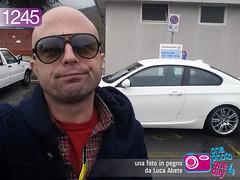 Foto in Pegno n° 1245 (Luca Abete ONEphotoONEday) Tags: auto park street car sunglasses strada italia 28 aprile parcheggio divieto disabili 2014 vietato abitudini cattive gialle 1245 occupazione brutta striscie